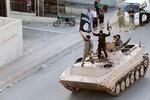 """Trùm khủng bố ISIS kêu gọi trả thù các """"cam kết chống người Hồi giáo"""""""