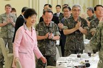 Tổng thống Hàn: Trả đũa ngay lập tức nếu Triều Tiên khiêu khích