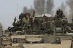 Israel tiêu hủy 32 đường hầm ở Gaza, rút bộ binh trước lệnh ngừng bắn