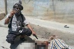 Khủng bố IS bắt hàng trăm phụ nữ Yazidi cho chiến binh làm vợ