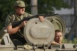 """Chuyên gia quân sự Nga: """"Bí quyết thành công"""" của phe ly khai Ukraine"""
