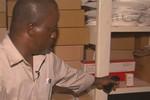Liều dùng thuốc điều trị HIV, 12 người nhiễm virus Ebola được cứu sống