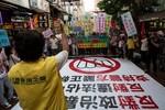 Phe biểu tình Hồng Kông đối mặt với thách thức từ nhóm thân Bắc Kinh