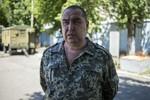 """""""Thủ tướng"""" Luhansk thách đấu Tổng thống Poroshenko đọ sức"""