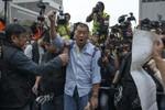 Cảnh sát Hồng Kông bắt giữ Tổng biên tập Apple Daily vì biểu tình