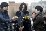 Con gái làm chậm chuyến bay, Chủ tịch Korean Airlines cúi đầu xin lỗi