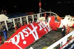 Hải quân Indonesia bắt đầu trục vớt hộp đen máy bay AirAsia vào sáng nay