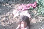 Ấn Độ: Bố chôn sống con gái vì thích con trai