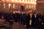 Người biểu tình Ukraine tìm cách đột nhập Phủ Tổng thống