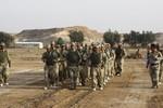 IS tấn công căn cứ quân sự ngăn Mỹ huấn luyện cho quân đội Iraq