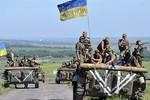 Ukraine tăng gấp đôi quân số tới Donbass, lên 6 vạn người