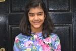 Bé gái 12 tuổi người Anh có chỉ số IQ cao hơn cả Einstein, Hawking