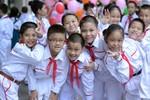 Đồng phục học sinh từ bình đẳng thành ám ảnh