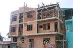 """Ngừng thi công nếu xây nhà ảnh hưởng đến """"hàng xóm"""""""