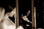 Đinh Ngọc Diệp e ấp khi làm 'cô dâu'