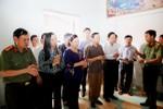 Những hình ảnh xúc động của phu nhân Chủ tịch nước với bà con vùng lũ