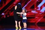 X-Factor: Vợ con MC, danh hài Thành Trung khiến BGK không thể ngồi yên