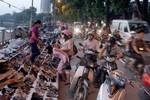 Cách chức trưởng công an phường sẽ dẹp được 'loạn' vỉa hè
