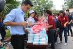 Tập đoàn TH miễn phí sữa TH True Milk cho thí sinh mùa thi 2013