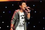 """4 HLV The Voice Kids tranh giành cậu bé hát hit """"Bay"""""""