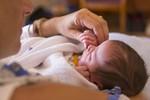 6 thông tin chăm sóc trẻ bố mẹ không thể bỏ qua
