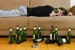 3 tư thế ngủ có thể gây tử vong khi say rượu