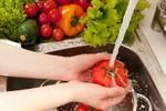"""Những thực phẩm hàng ngày có nguy cơ """"ngậm"""" hóa chất"""