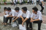 Bộ Giáo dục yêu cầu cán bộ chấm thi không được cung cấp thông tin