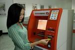 """GĐ Trung tâm thẻ Techcombank """"bày cách"""" rút tiền ATM hiệu quả nhất"""