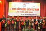 """""""Dấu ấn Việt Nam trên Biển Đông"""" đoạt giải bạc sách hay 2013"""