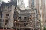 """Thanh tra xây dựng Hà Đông đang bảo kê cho """"siêu"""" biệt thự xây dựng vi phạm?"""