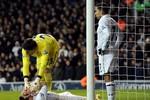 Clip: 10 bàn thắng 'dị' nhất bóng đá thế giới 2012