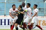 Toàn cảnh vụ cựu hậu vệ tuyển Việt Nam hung hăng đòi 'xử' trọng tài