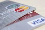 """Nợ xấu ngân hàng từ thẻ tín dụng: Đừng để """"mất bò mới lo làm chuồng"""""""
