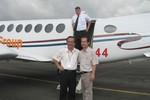 Phi công người Mỹ đột tử, bầu Đức tạm thời không tuyển phi công mới