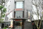Nở rộ nhà hàng, quán ăn bao vây chung cư ở Hà Nội