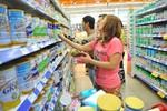 """Vạch trần 3 chiêu """"lách luật"""" tăng giá của doanh nghiệp sữa"""