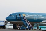 Xác minh vì sao phi công mang trót lọt 6kg vàng ra khỏi sân bay Nội Bài