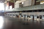 """Mục sở thị sảnh A sân bay Nội Bài """"vắng như chùa bà Đanh"""""""