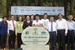 Vinamilk trồng hơn 5.000 cây xanh tại Khu di tích Ngã Ba Đồng Lộc