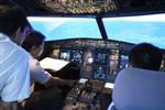 """Phi công nghỉ việc phải báo trước 120 ngày: Vẫn """"trái luật"""""""