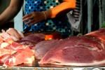 Nhập thừa hàng tấn kháng sinh y tế tuồn sang chăn nuôi?