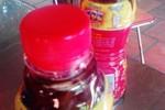 Phạt nặng đại lý vì hàng loạt chai trà Dr Thanh có cặn ở Cà Mau