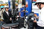 Giá xăng ở Việt Nam vẫn thấp nên phải tăng thuế bảo vệ môi trường?