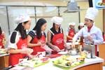 Khi nhà báo vào bếp tại Ajinomoto Cooking Studio