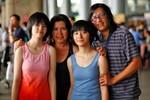 Phương Thảo - Ngọc Lễ bất ngờ đưa hai con gái về nước sau 10 năm xa xứ
