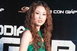 Mai Giang 'sóng đôi' Thiên Trang đi xem phim
