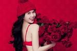 Ngọc Trinh tưng bừng đón Giáng sinh bằng loạt ảnh bikini