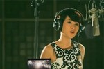 Sốt với clip Uyên Linh hát 'Chờ người nơi ấy'