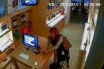 Clip: Hai thiếu nữ sành điệu rủ nhau đi ăn trộm iPhone